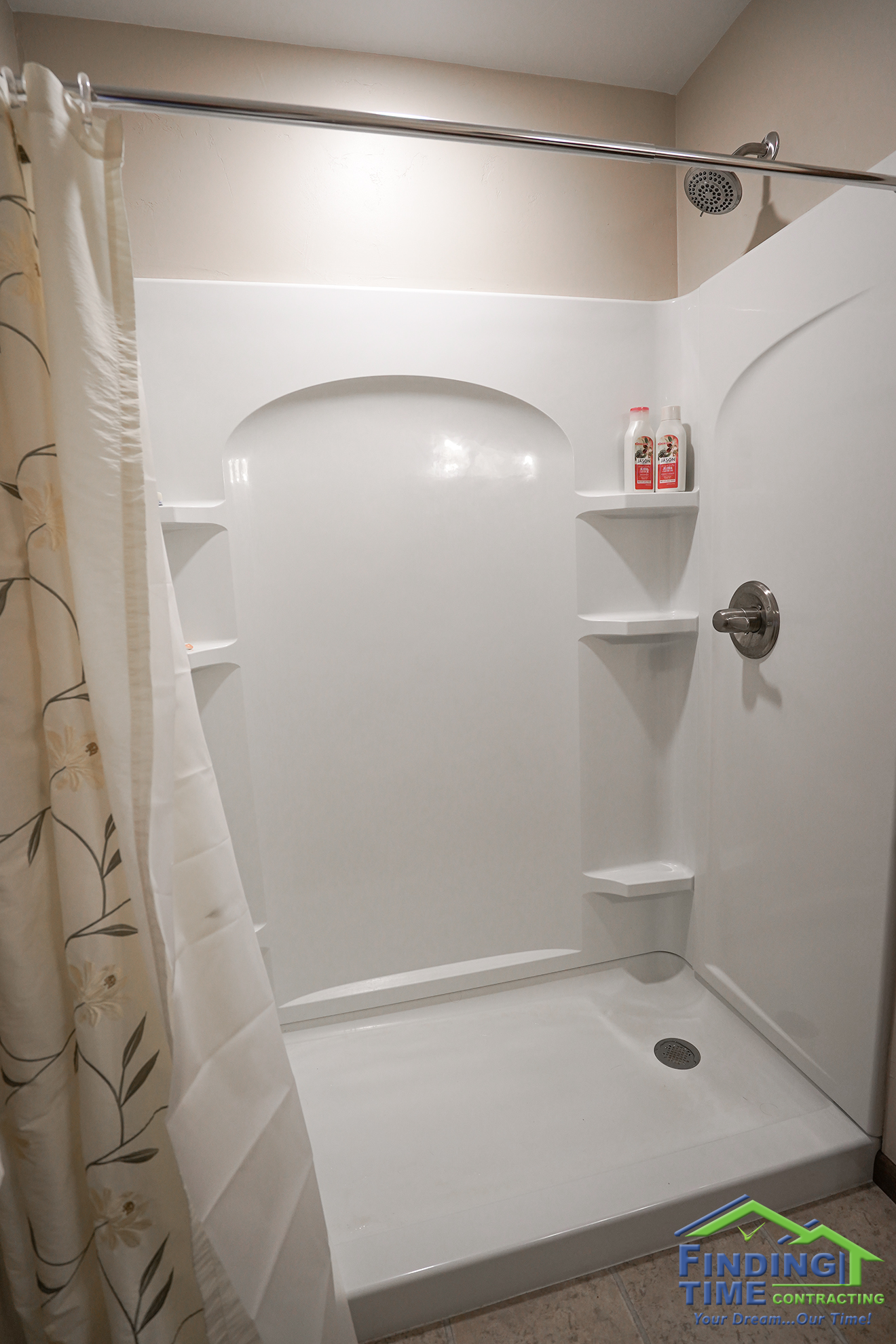 Low entry shower